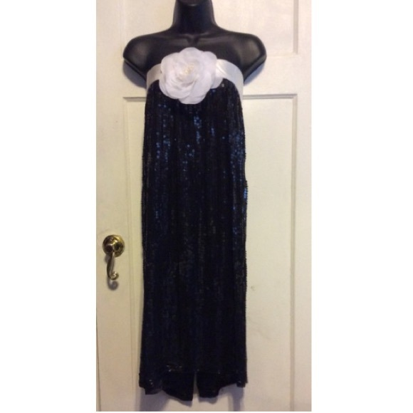 Shagubha Dresses & Skirts - Shagubha Vintage Sequin Strapless Dress/Skirt